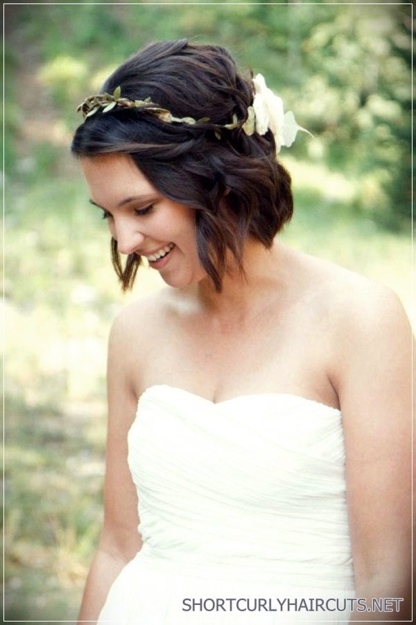 12 Stunning Short Hairstyles for Weddings - stunning short hairstyles for weddings 8