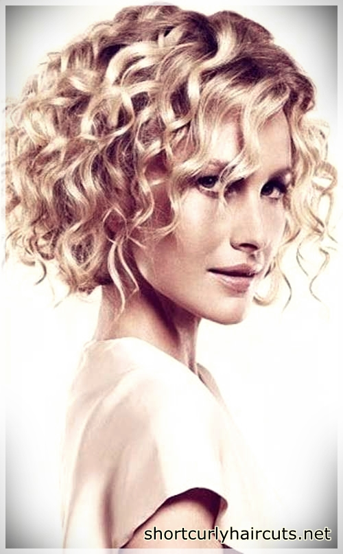 Suggestions of Short Haircuts For Curly Hair - short haircuts for curly hair 2