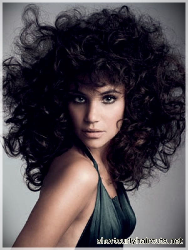 Suggestions of Short Haircuts For Curly Hair - short haircuts for curly hair 7