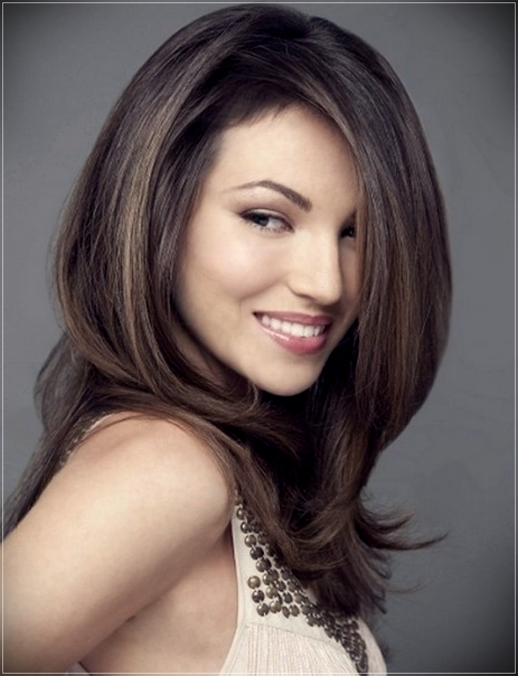 Different types of hairdos for mid length hair  - hairdos for mid length hair 3