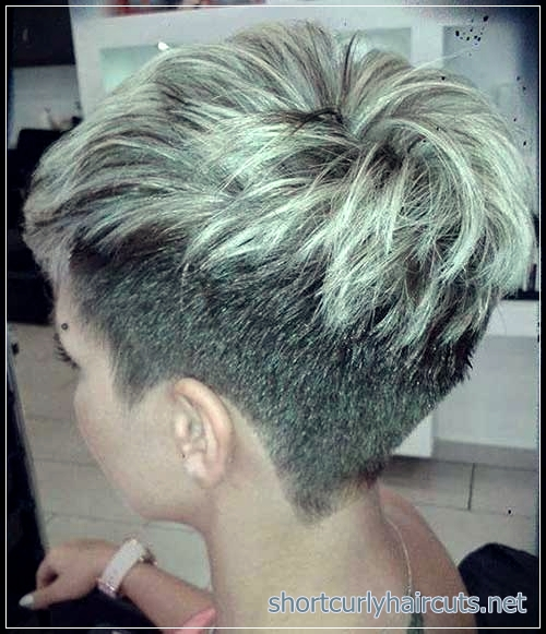 Give a Total Transformation to Your Looks with The Pixie Haircuts for Short Hair - pixie haircuts for short hair 3