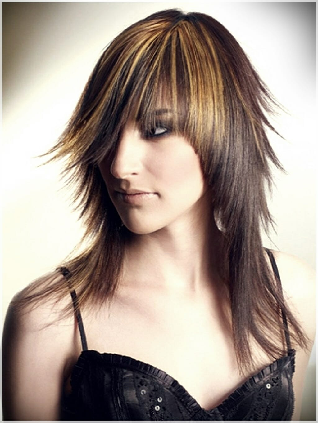 layered haircut with bangs 11 - Why getting bangs will never go out of fashion?