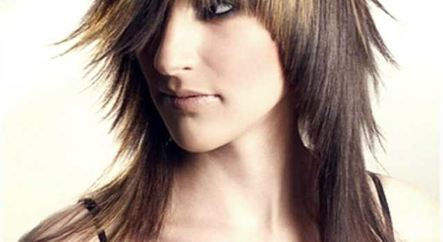 Why getting bangs will never go out of fashion? - layered haircut with bangs 11