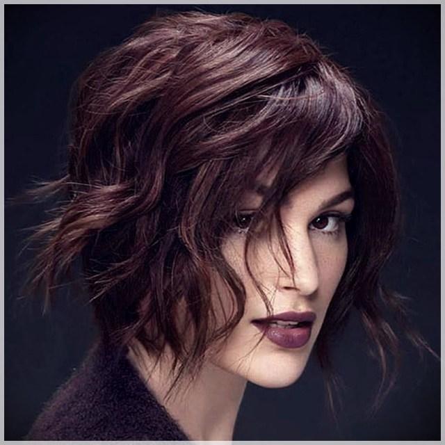 Bob Haircut 2019: trends and photos - Bob haircut 2019 51