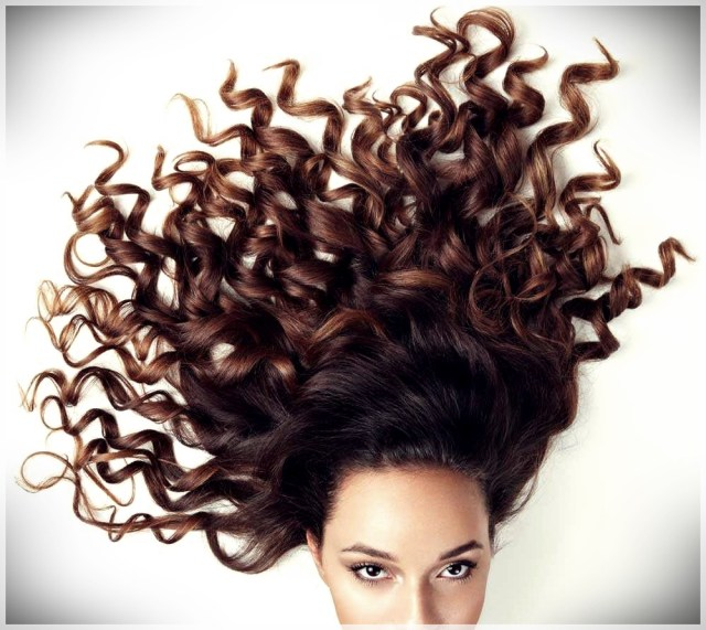 Curly Hair: 10 Tips to Get Them Perfect - curly hair 5