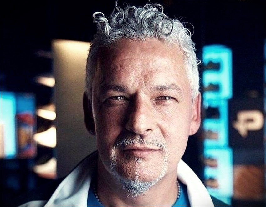 Gray hair man: trends, colors and shades of 2019 - gray hair man 10