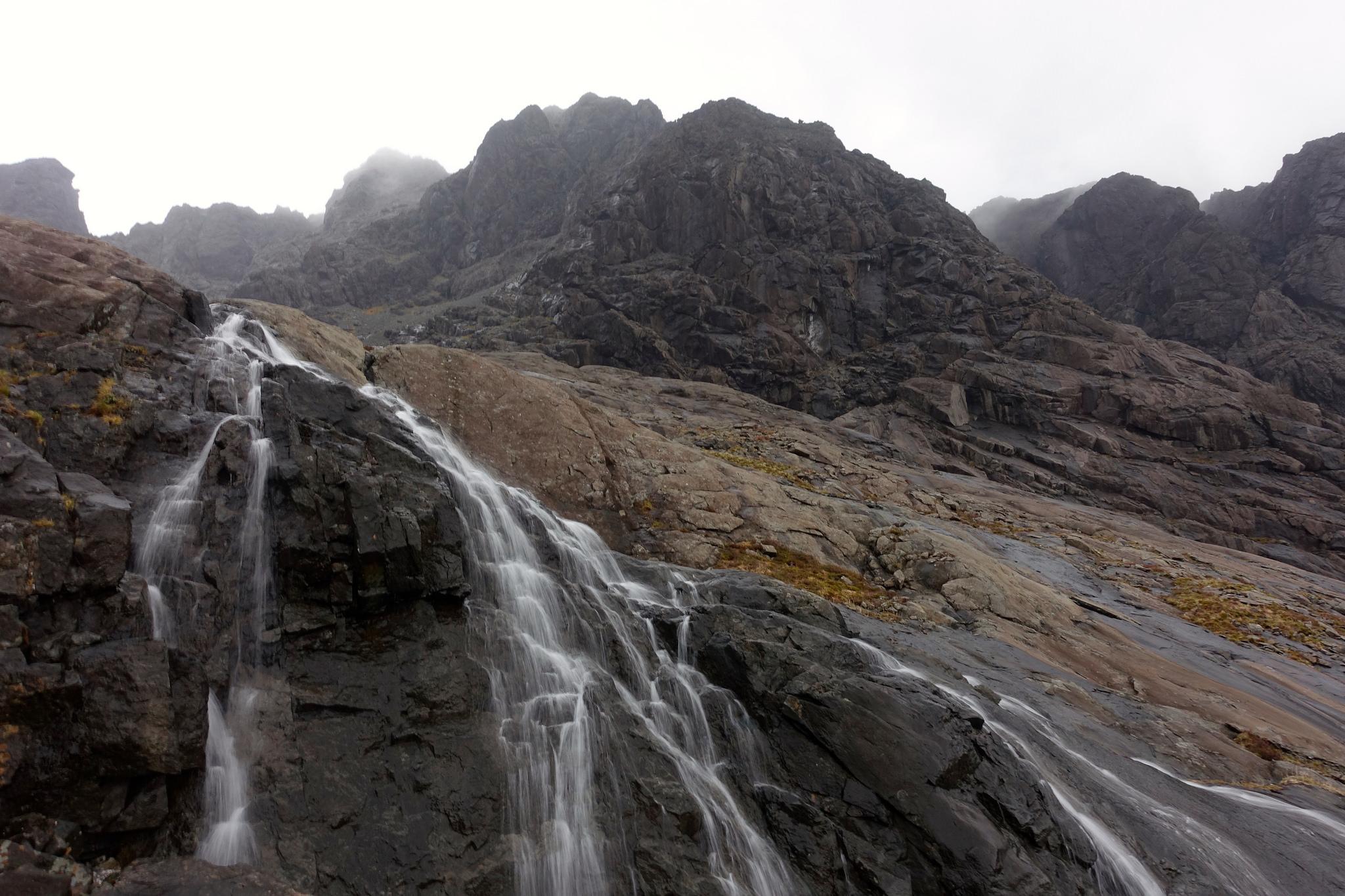 Waterfall below Coire Lagan