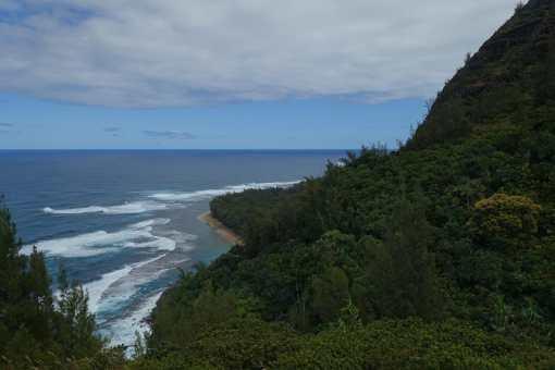 looking back to Ke'e Beach, Kalalau Trail