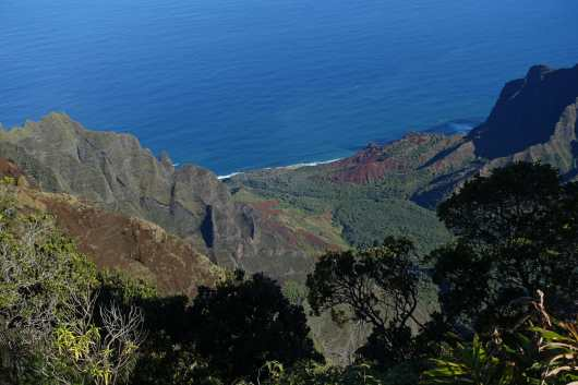 view of the valley from the Kalalau overlook