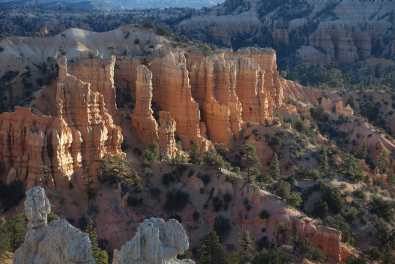 Hoodoos glow in the morning at Morning at Fairyview Point