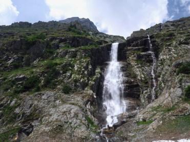 Waterfall formed by Torrent de Treutse Bô