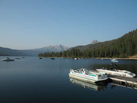 Boats and mountains at Redfish Lake marina