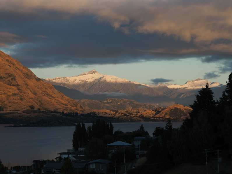 View from Lakeview Hotel, Wanaka