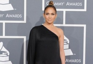 Jennifer Lopez's Thigh Show at Grammy Awards 2013