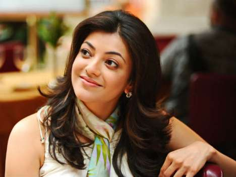 kajal in baadshah-showbizbites