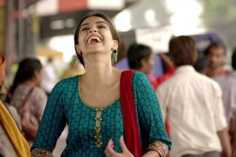 sonam-raanjhanaa-still-showbizbites