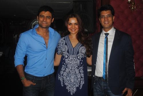 manav Gohil, Shweta Kawaatra-sudhir Sharma-Showbizbites