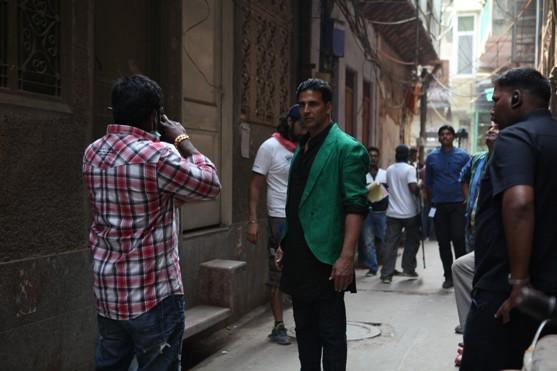Akshay Kumar Shooting in Delhi-Showbizbites-01