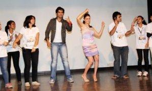 Aditi Rao Hydari and Shiv Pandit Celebrate and Dance at Mithibai College