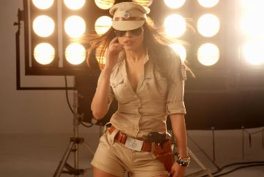Priyanka Chopra In Zanjeer Movie Stills... glintcinemas.com