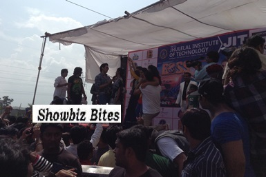 Akshay Kumar in Nagpur at a college festival-showbizbites-featured