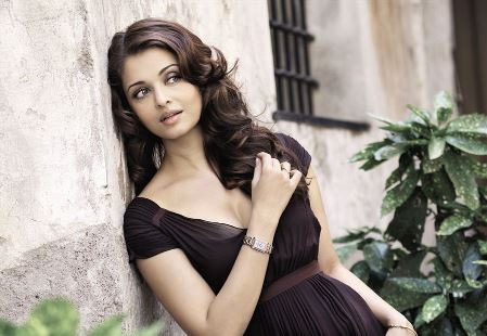 aish-gorgeous-showbizbites