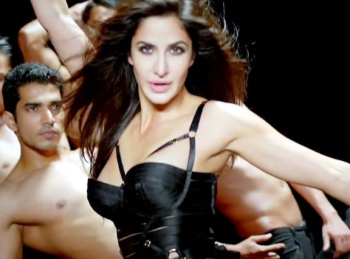 kat in dhoom machale--dhomm3-showbizbites