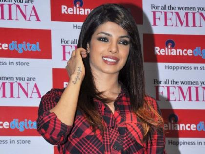 priyanka-krrish3-promotions-showbizbites