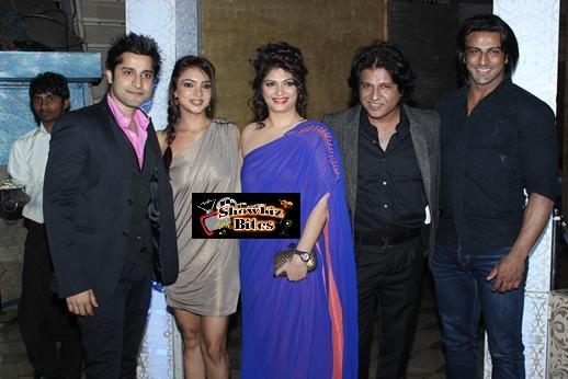 Nikhil and Suhana Sinha Bash-06