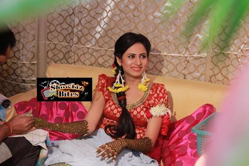 Ravi Dubey-Sarhun Mehndi-showbizbites