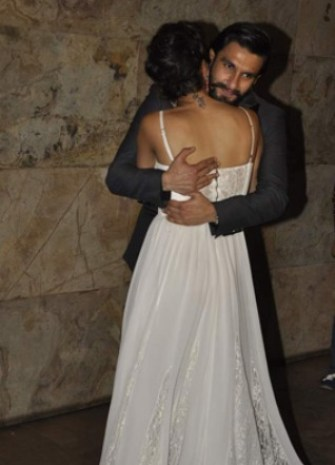 ranveer cuddling with deep-showbizbites