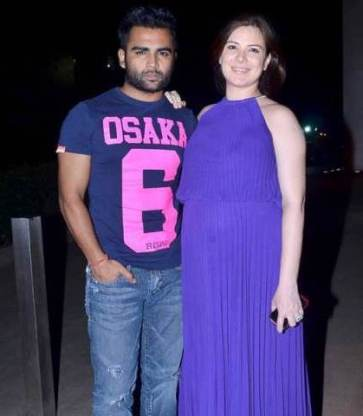 urvashi with hubby-showbizbites