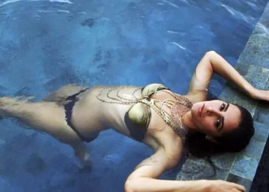 nargis fakhri hot picture-showbizbites-06