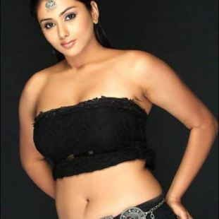 namitha navel-showbizbites-02