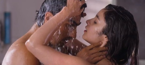 2 states hot scene-showbizbites
