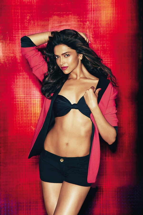 deepika hot pictures-showbizbites-01