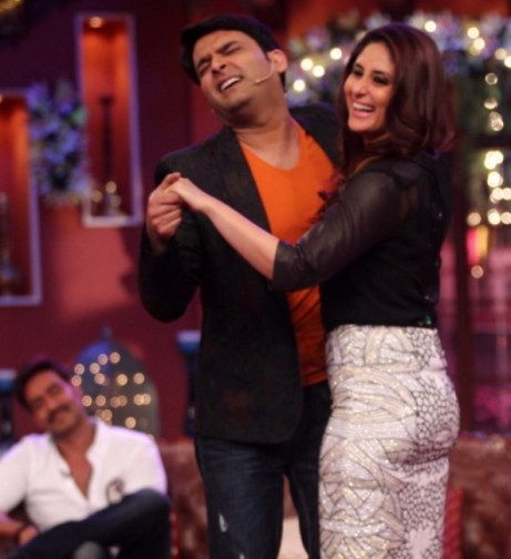 kapil with kareena-showbizbitess-01