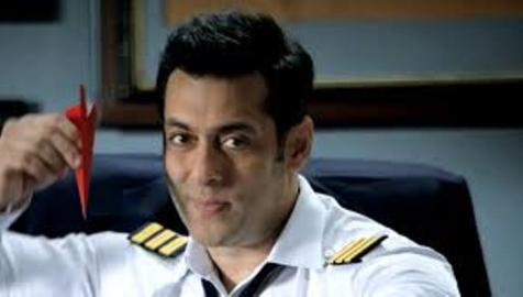 bigg boss 8 host-showbizbites