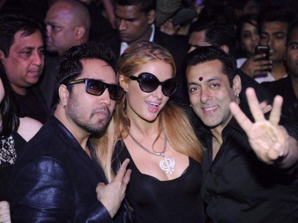 paris with salman-showbizbites-02