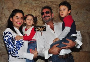 Photos: Sanjay Dutt Watches PK with Family and Aamir Khan