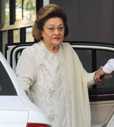 raj kapoor's wife