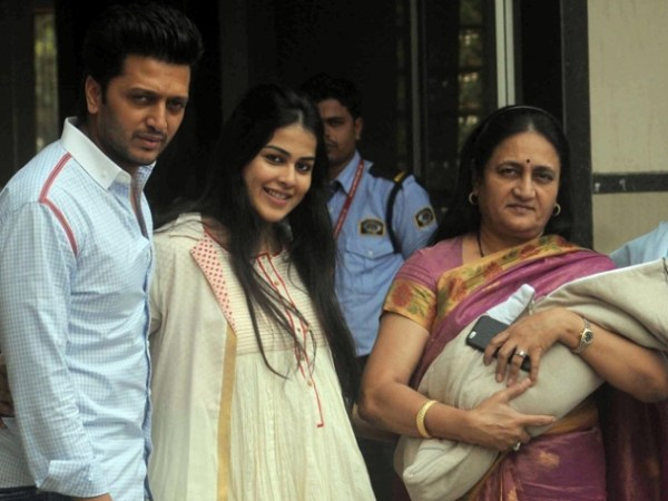 riteish's son pic-showbizbites-02
