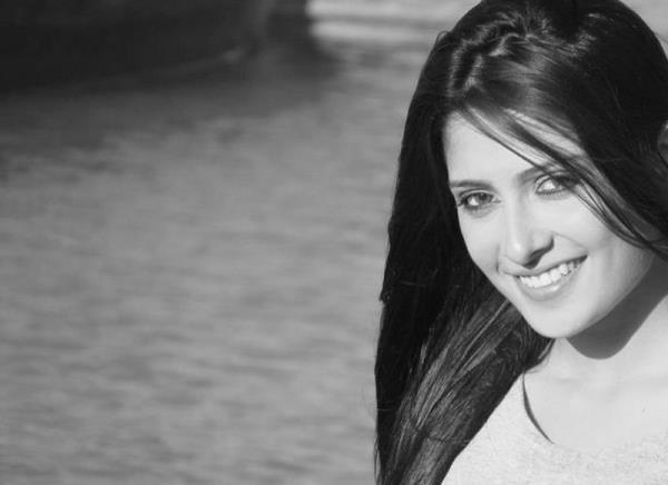 Ayeza Khan-07