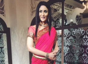 Kareena Kapoor's Wax Statue Unveiled at Madame Tussauds in Singapore