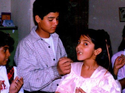 Anushka Sharma Childhood Pictures-02
