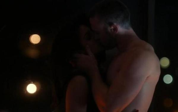 priyanka chopra hot scenes in Quantico-16