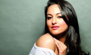 Sonakshi Sinha Grabs 21 Million Likes on Facebook