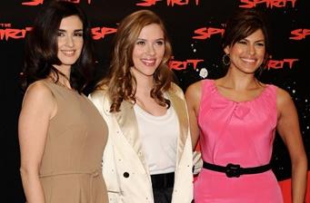 Mendes, Vega and Scarlett promote 'The Spirit' in Madrid