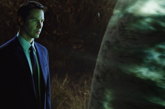 The Day the Earth Stood Still is #1 at the box office!