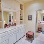 Acreage Estate for Sale near Oak Tree in Edmond, OK